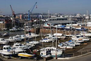 Medzi daňové raje patrí aj britský ostrov Jersey.