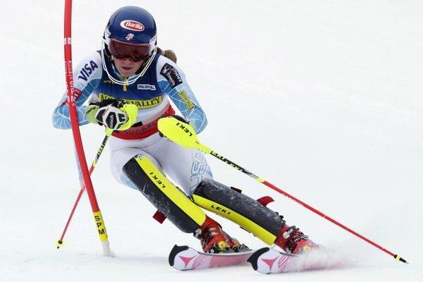 Mikaela Shiffrinová mala byť aj vo švédskom Aare topfavoritkou na víťazstvo. Absolvovala však iba zahrievaciu jazdu.