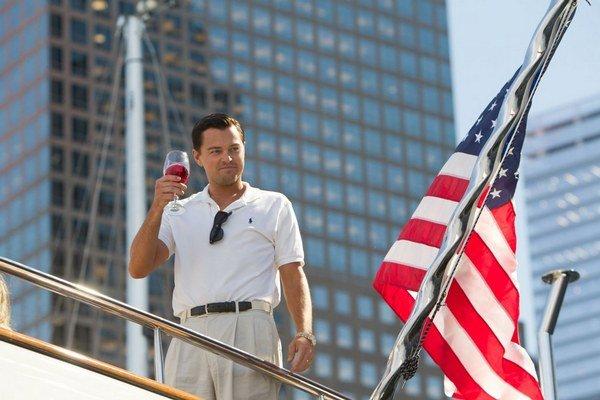 Leonardo diCaprio ako Vlk z Wall Street.