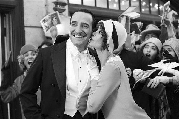 Francúzsky film The Artist získal viacero ocenení vrátane Oscara.