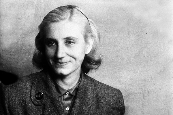 Viera Strnisková.