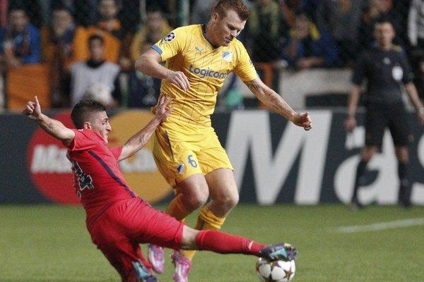 Riise (vpravo) vyhral pred desiatimi rokmi Ligu majstrov v drese Liverpoolu. Poslednú sezónu hrával na Cypre.