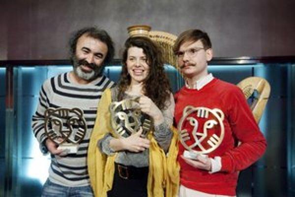 Držitelia troch rovnocenných Hivos Tiger Awards. Zľava Mohammad Shirvani (Fat Shaker), Mira Fornay (Môj pes Killer) a Daniel Hoesl (Soldate Jeannette).