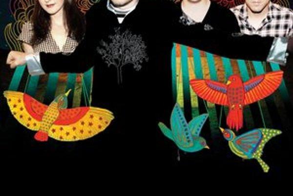 Aktuálna zostava skupiny The Smashing Pumpkins. V popredí líder Billy Corgan.