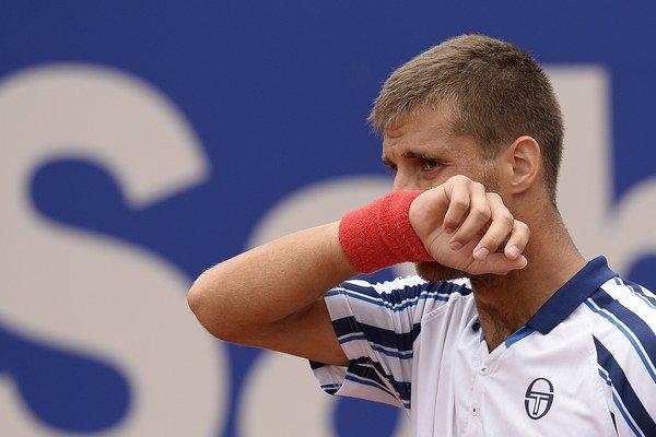 Slovenskému tenistovi Martinovi Kližanovi sa v posledných týždňoch príliš nedarí.