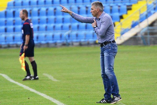 Norbert Hrnčár naposledy viedol futbalistov Banskej Bystrice.
