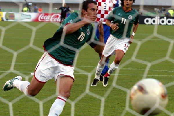 Blanco vstúpi po futbalových arénach tentoraz do tých politických.