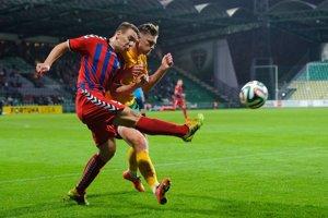 Juraj Chvátal (vľavo) by mohol opäť obliecť dres FK Senica.
