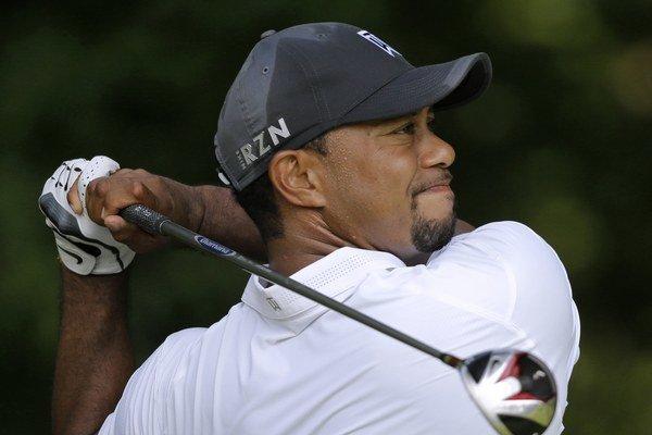 Tiger Woods hrá počas tohto roka veľmi zle.