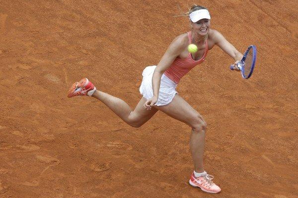 Maria Šarapovová porazila svoju krajanku Dariu Gavrilovovú bez väčších problémov.