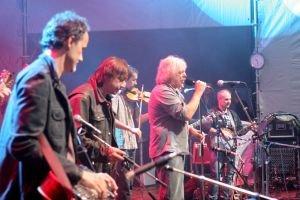 Robert Křesťan s Druhou trávou vystúpia na festivale v piatok.