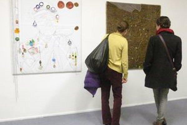 Z výstavy Emöke Vargovej v Galérii Cypriána Majerníka v Bratislave.