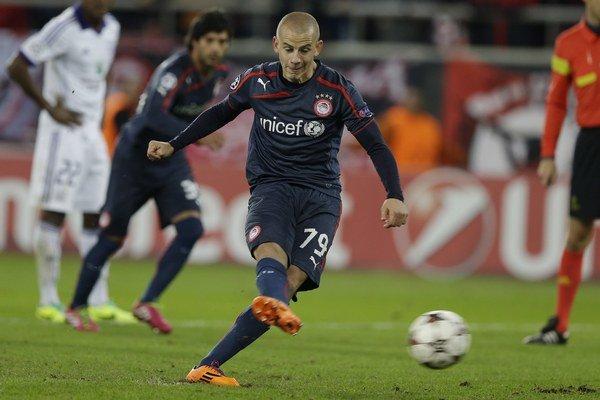 Slovák Vladimír Weiss nastúpi proti hviezdam Bayernu.