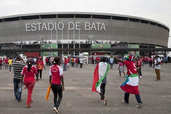 Štadión pre 35-tisíc divákov v Bate, aký môžeme na Slovensku tomuto malému štátu v strede Afriky iba závidieť.