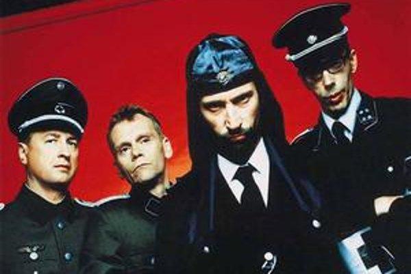 Laibach vystúpia v pondelok v Košiciach a ďalší deň v Bratislave.