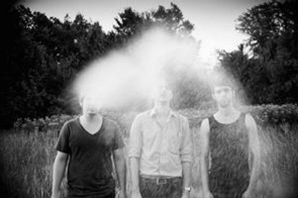 The Uniques sa prihlásili debutovým cédečkom From The Dust.