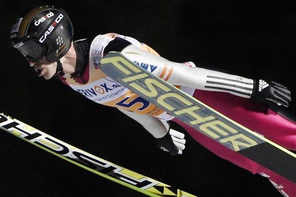 Roman Koudelka letí.