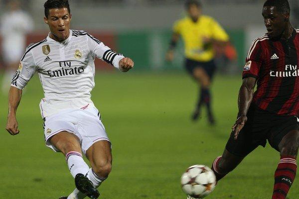 Cristiano Ronaldo (vľavo).