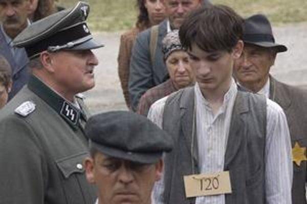 Samuel Spišák je vo filme Nedodržaný sľub hlavným hrdinom skutočného príbehu dnes už 83-ročného Martina Petrášeka.