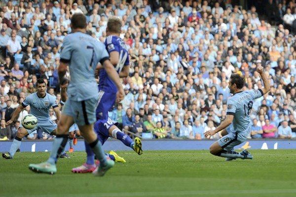 Frank Lampard (vpravo) takto vyrovnal.
