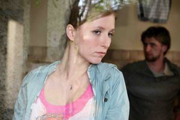 Mira Fornay robila castingy na viacerých miestach. Do hlavnej úlohy obsadila Reku Derzsi.