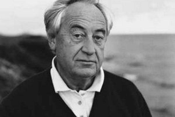 Cees Nooteboom (1933), jeden z najuznávanejších žijúcich holandských spisovateľov. Žije v Amsterdame a na Menorke, momentálne píše novú knihu v Berlíne. V slovenčine vyšli jeho knihy Nasledujúci príbeh a V holandských horách. Získal mnoho významných holan