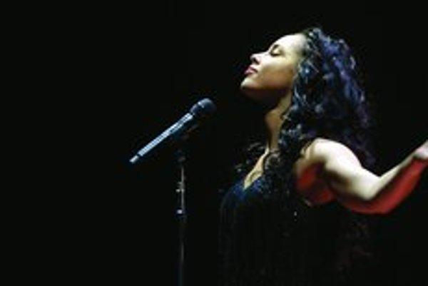 Vynikajúca soulová speváčka Alicia Keys má svojské názory na gangsta rap.