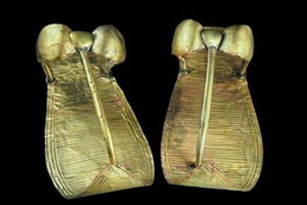 Zlaté sandále Tutanchamóna.