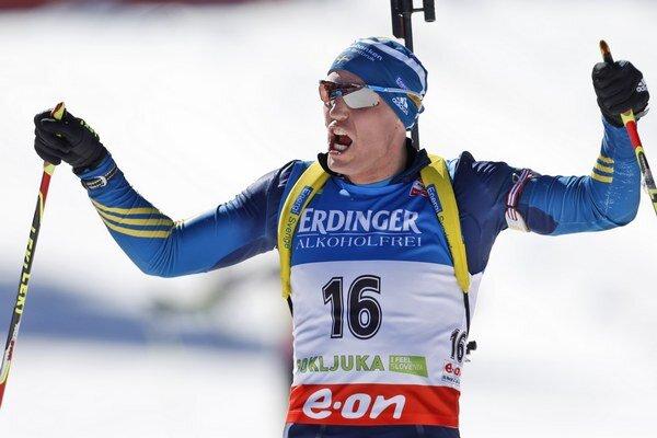 Björn Ferry bol v Slovinsku najlepší.