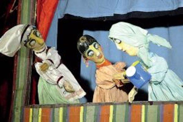 Študenti Katedry bábkarskej tvorby VŠMU sú pravidelnými hosťami festivalu. Vlani zabavili deti na Kremnických gagoch predstavením Gašparkove príhody.