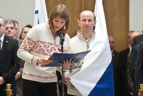 Biatlonistka Anastasia Kuzminová a bežec na lyžiach Martin Bajčičák.