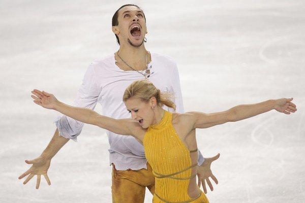 Ruskí krasokorčuliari Tatiana Volosožarová s Maximom Traňkovom.