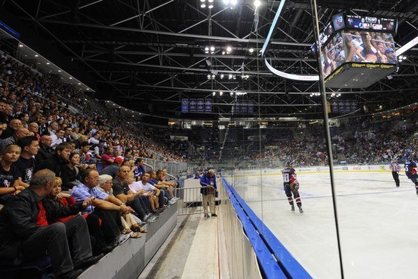 KHL by sa mohla hrať aj v ďalšom klube vo Švédsku.