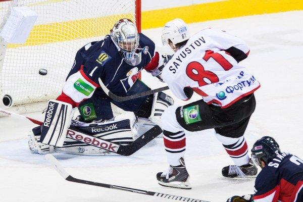 Slovan nastúpi na súboj proti Severstaľu v bránke s Miroslavom Kopřivom.