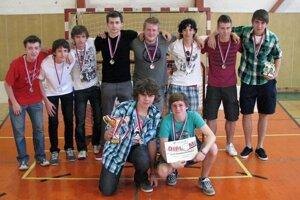 V sezóne 2011/2012 skončili modranskí dorastenci v bratislavskom regióne na druhom mieste.