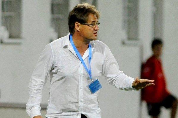 Tréner futbalovej 21-ky Ivan Galád
