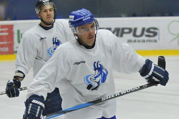 Do Popradu sa po ročnej prestávke vrátil extraligový rekordér Arne Kroták.