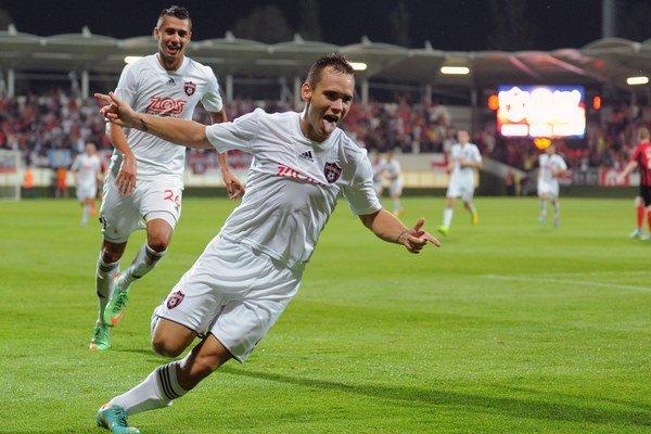 Martin Mikovič vyrovnal v 83. minúte zápasu a definitívne tým poslal Spartak do play off.