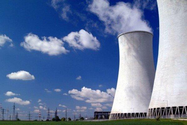 Elektrina na burze prudko zlacnela. Investori sú opatrní pri výstavbe atómiek. Podobne je to aj pri stavbe nového zdroja plánovaného v Bohuniciach.