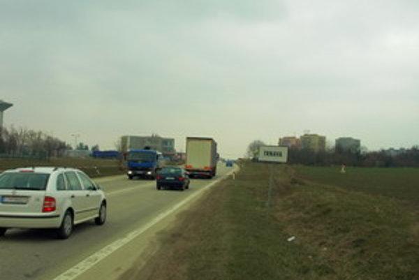 Investorom výstavby je Slovenská správa ciest.