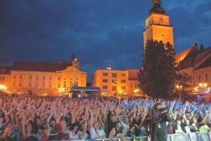 Festival Lumen pritiahol vlani do Trnavy tisícky návštevníkov.