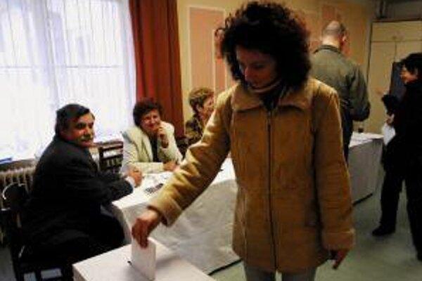 Volebná kampaň končí 48 hodín pred začiatkom hlasovania.
