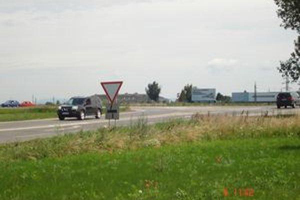 Dopravu na Zavarskej zhustia najmä logistické parky Venti I, Venti II.