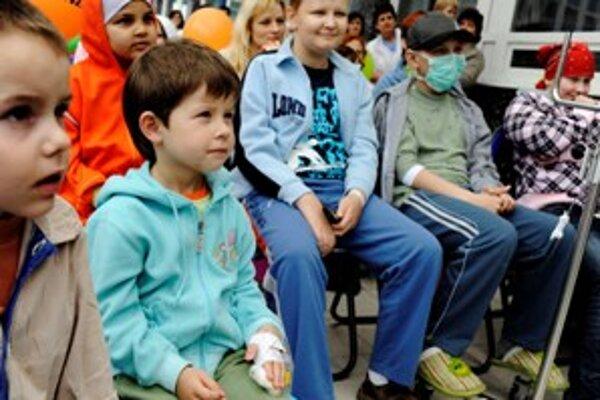 Deti z hlohoveckého okresu musia cestovať na pohotovosť do Trnavy.