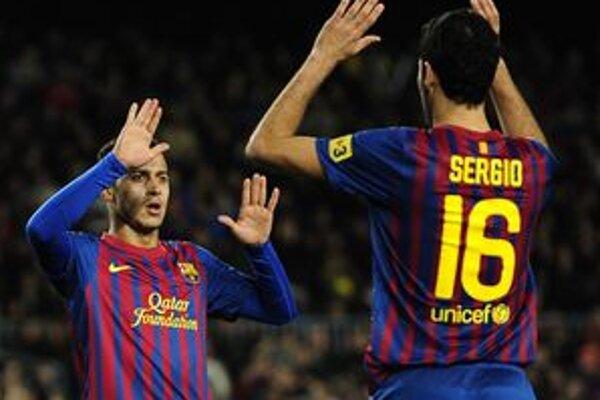 Thiago (vľavo) a Sergio počas zápasu s Hospitaletom.