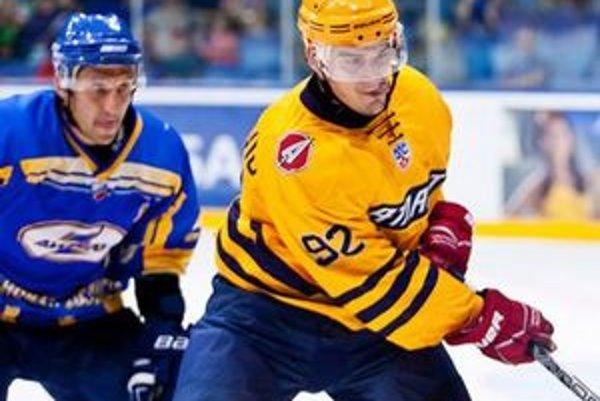 Branko Radivojevič (v žltom)