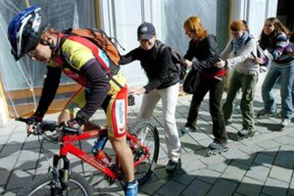 Aj Trnavčania budú lámať kilometre na kolesách proti rakovine.