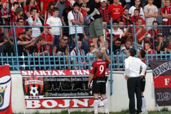 Po zápase v Nitre sa derby so Slovanom bude hrať pred prázdnymi tribúnami.