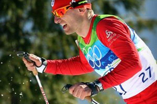 Martin Bajčičák vyhral vo februári 2005 preteky Svetového pohára v behu na 15 km voľnou technikou v Reit im Winkl, na MS 2005 v Oberstdorfe skončil v skiatlone na 4. mieste. Najlepším výsledkom na ZOH sú dve ôsme miesta z Turína 2006.