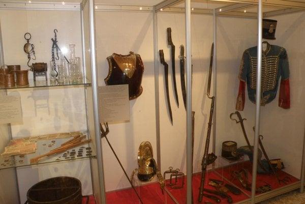 Vystavené predmety približujú dobu, v ktorej Ľudovít Štúr žil.